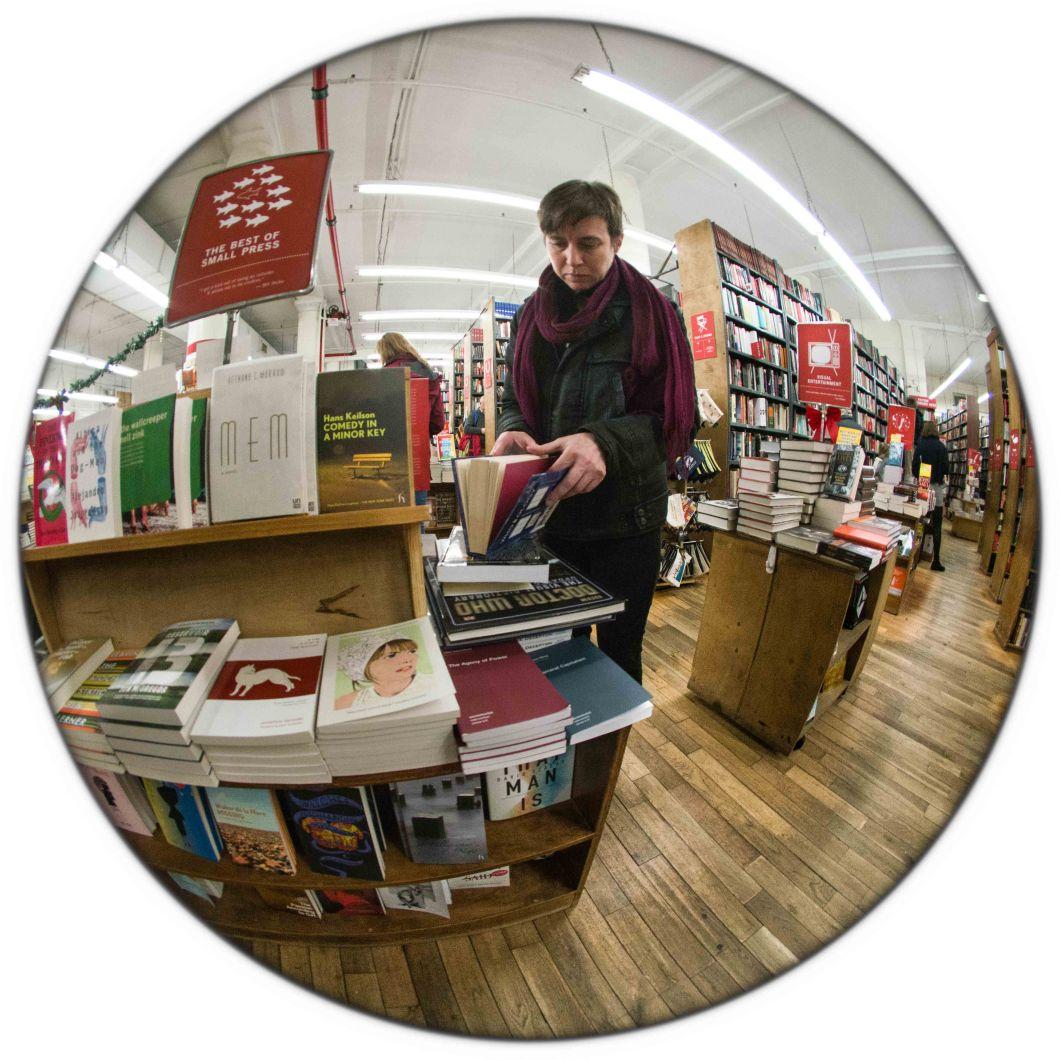 Strand Bookstore NYC Dec 2018 set 2 D.D. Teoli Jr. (14)