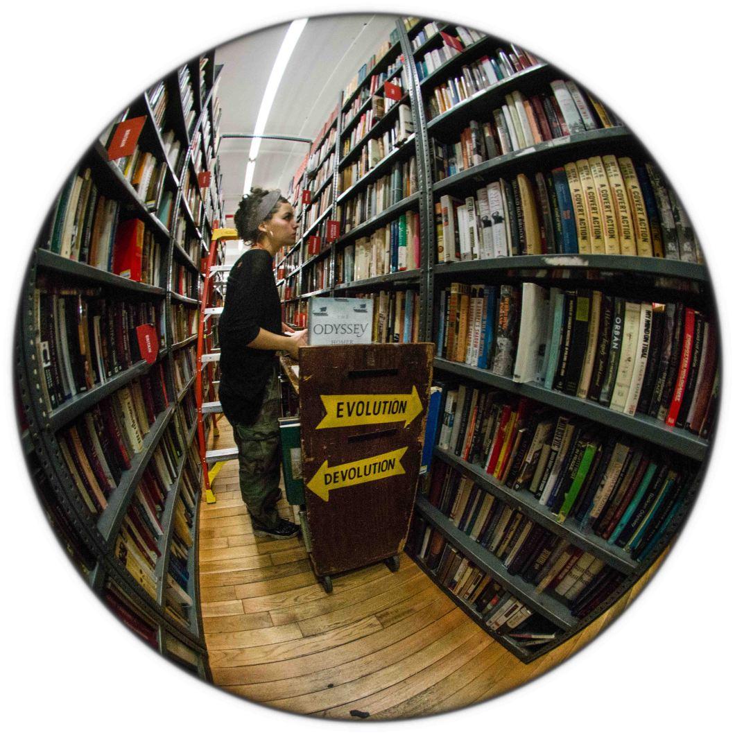 Strand Bookstore NYC Dec 2018 set 2 D.D. Teoli Jr. (16)